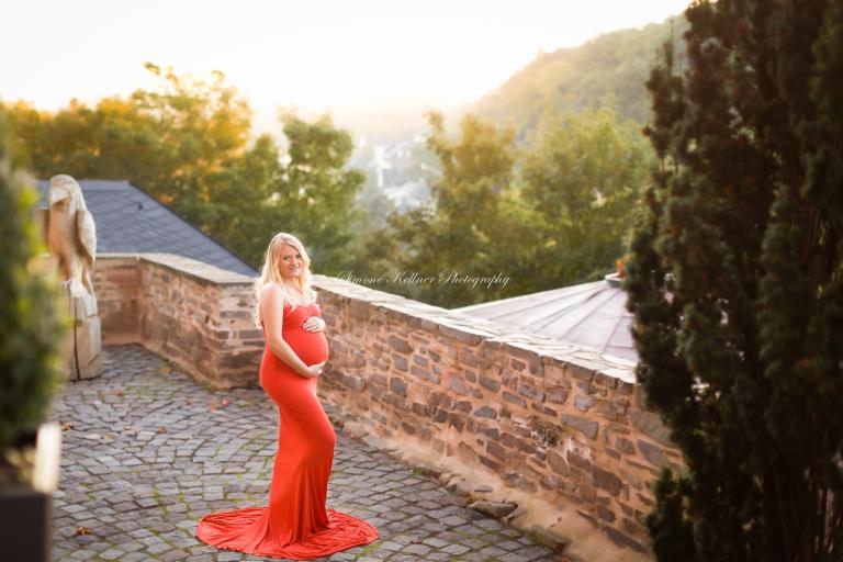 Schwangerschaft-Babybauch-Schwangerenfotografie-Babybauchfotos-Burgbrohl