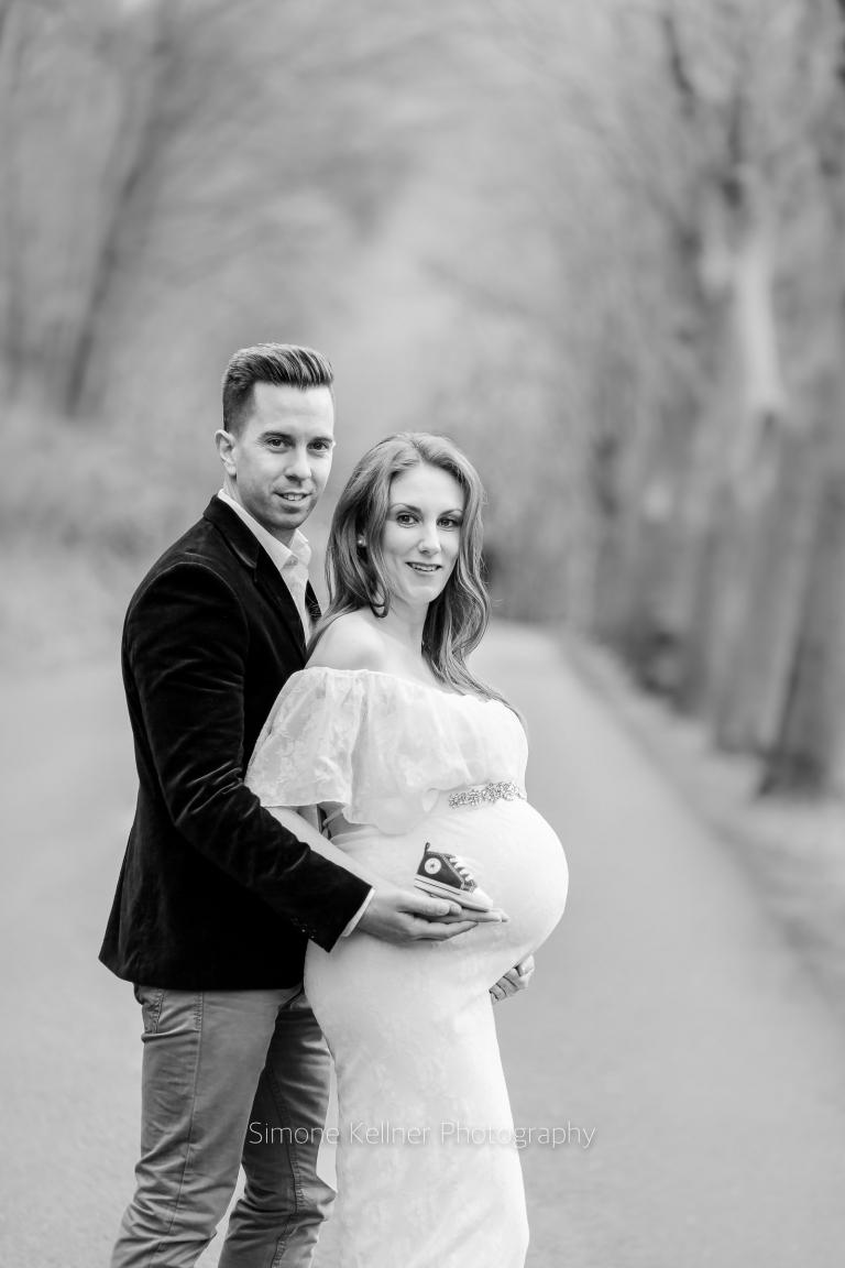 Fotograf Neuwied wunderschöne schwangere neuwied schwangerenfotograf